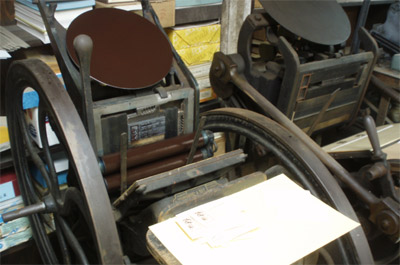 Pearl and Gordon Platen Presses at the Excelsior Press